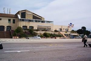 Toulon Flughafen